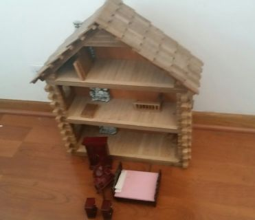 Log Cabin Doll House with furniture