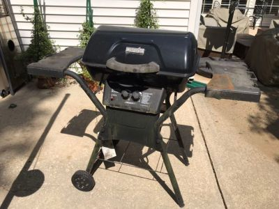 Free Gas Grill *Porch Pickup*