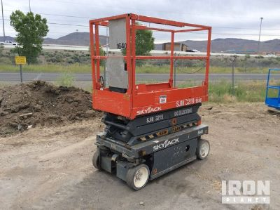 2006 Skyjack SJIII-3219 Electric Scissor Lift