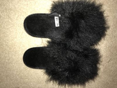 Boutique slippers