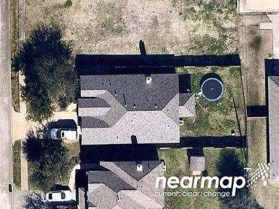 2.0 Bath Preforeclosure Property in Dickinson, TX 77539 - Hidden Colony Ln