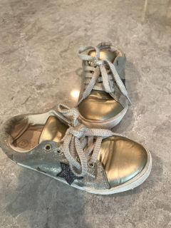 Size 12 gold sneakers. $4
