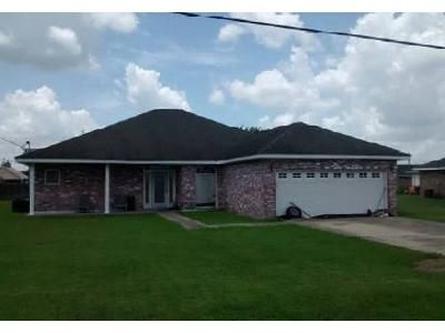 3 Bed 2 Bath Foreclosure Property in Paulina, LA 70763 - Wendy St