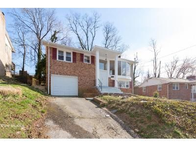 4 Bed 3 Bath Foreclosure Property in Temple Hills, MD 20748 - Fairlawn St