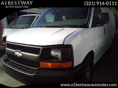 2005 Chevrolet Express 3500 3500 (Summit White)
