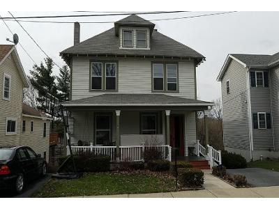 3 Bed 2 Bath Preforeclosure Property in Middletown, NY 10940 - Lafayette Ave