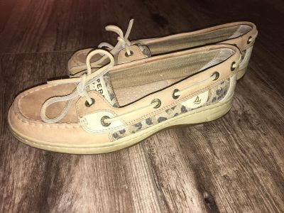 Worn twice! Sperry loafers. $5. Originally $80 at Nordstrom. Size 6.5.