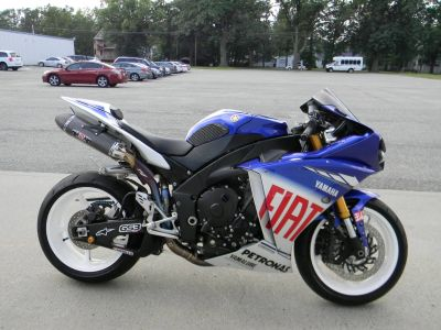 2010 Yamaha YZF-R1 LE SuperSport Motorcycles Springfield, MA