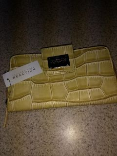 NWT Kenneth Cole Reaction Ladies Wallet