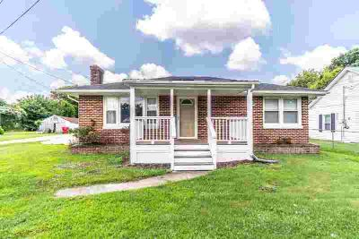116 E Haiti Road BEREA Two BR, Here's your chance at an all