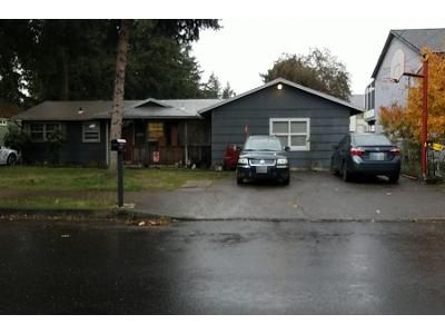 4 Bed 1 Bath Preforeclosure Property in Portland, OR 97233 - SE 130th Ave