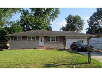 3 Bed 1.5 Bath Foreclosure Property in Saint Louis, MO 63138 - Cove Ln