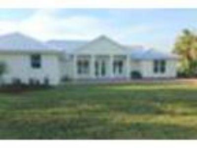 1705 Rio Vista Dr, Hutchinson Island, FL