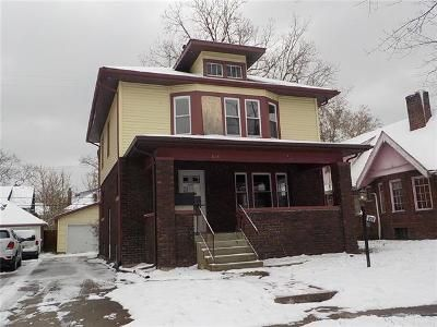 4 Bed 1 Bath Foreclosure Property in Flint, MI 48503 - E 7th St