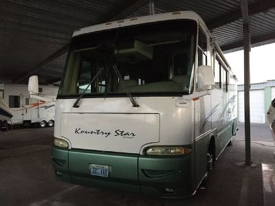 By Owner! 2002 37 ft. Newmar Country Star w/2 slides