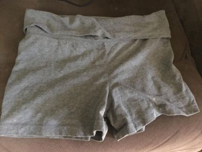 Missimo Supply shorts sz L. Gray with fold over top like yoga pants