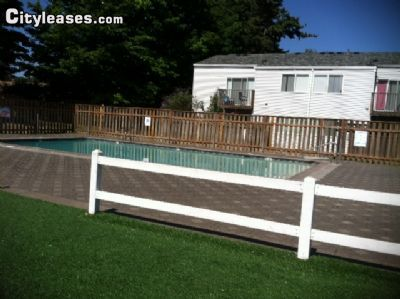 $1265 2 single-family home in Portland Northeast