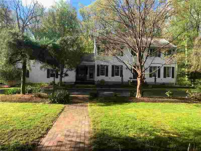 8 Mary Elizabth Dr Scituate, stunning, immaculate Four BR