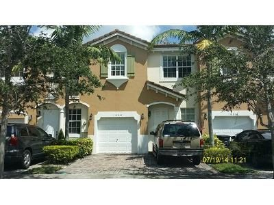 4 Bed 2.5 Bath Foreclosure Property in Homestead, FL 33033 - NE 30th Ave