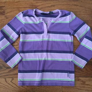 Size 4 Childrens Place T-shirt