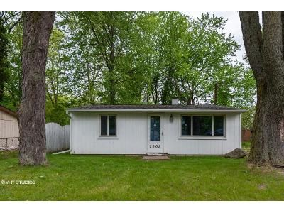 2 Bed 1 Bath Foreclosure Property in Lansing, MI 48911 - Fielding Dr
