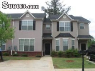 Three Bedroom In Clayton County