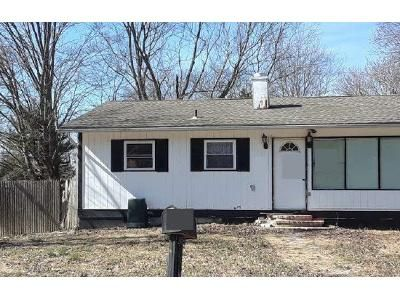 2 Bed 1 Bath Foreclosure Property in White Plains, NY 10603 - Hillside Close