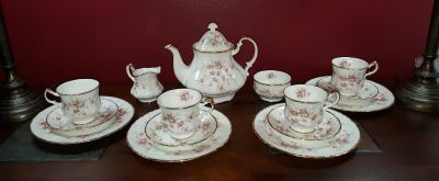 Beautiful Vintage Tea Set. Marked By Appointment To Her Majesty The Queen China Potters