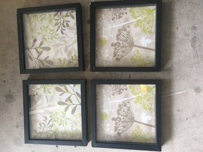 Four picture frame set