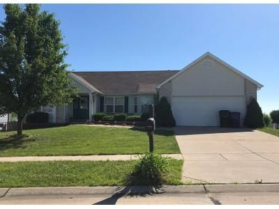 3 Bed 2 Bath Preforeclosure Property in Wentzville, MO 63385 - Spring Water Dr