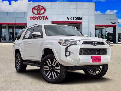 2019 Toyota 4Runner Limited (Super White)