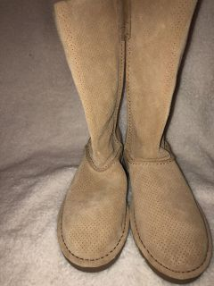 Ugg Unlined Camel Boots