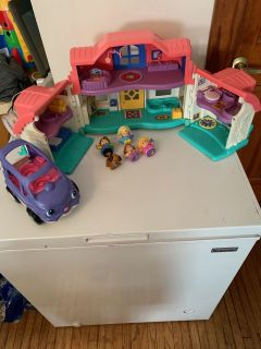 Fisher price little people sounds house