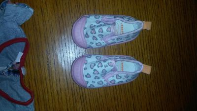 Size 5 girl shoes