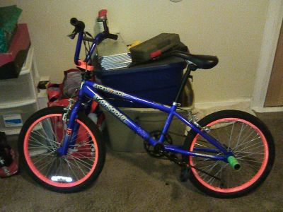 Mongoose BMX BOOSTER