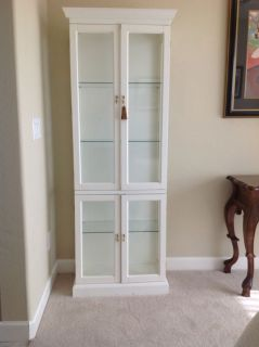 White curio cabinet from sweden