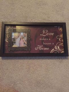 Wall Decor with Picture Frame