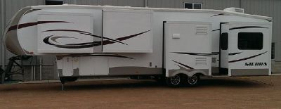 By Owner! 2014 40ft. Forest River Sierra 355RE
