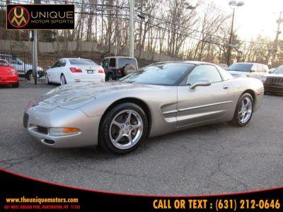 2002 Chevrolet Corvette Base (Quicksilver Metallic)
