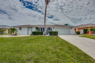 3403 SE 10th AVE Cape Coral Three BR, Attention Waterfront Buyers