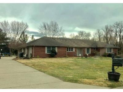 3 Bed 1 Bath Foreclosure Property in Vincennes, IN 47591 - E Snapp Valley Ct