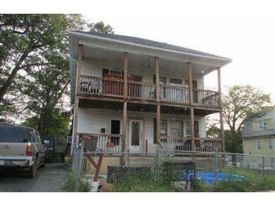 4 Bed 2 Bath Foreclosure Property in Southbridge, MA 01550 - 164 Dresser St