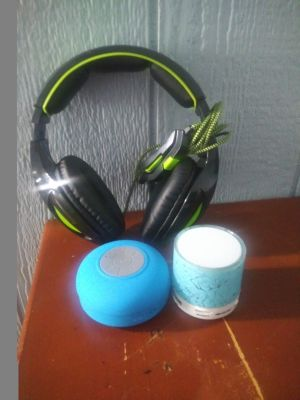 Headphone & Speakers