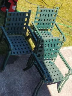 Free 6 chairs & table.