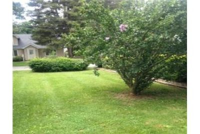 Beautiful Cornwall on Hudson House for rent. Washer/Dryer Hookups!