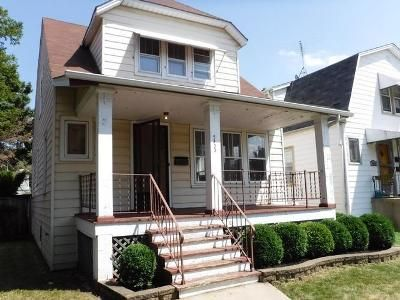 3 Bed 2 Bath Foreclosure Property in Chicago, IL 60630 - N Monitor Ave