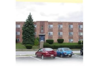 Apartment for rent in Upper Darby for $680. Parking Available!