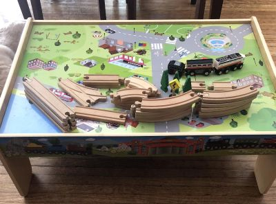Train table with track and train