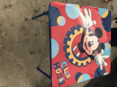 Mickey Mouse toddler table,24x20