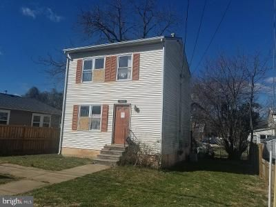 2 Bed 1 Bath Foreclosure Property in Falls Church, VA 22042 - Liberty Ave